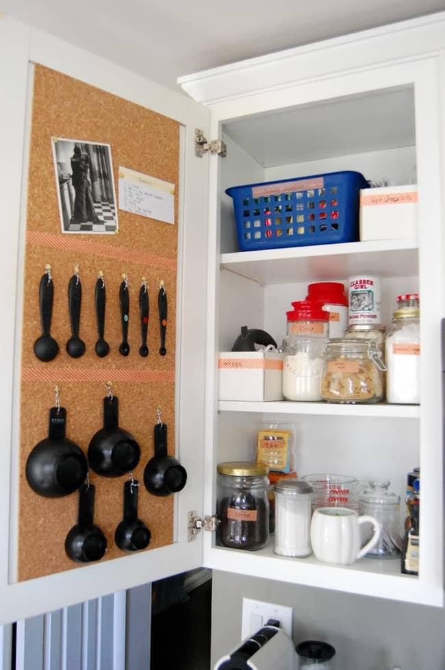 Mẹo vặt giúp nhà bếp luôn gọn gàng