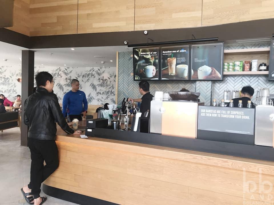 Không Gian Men Starbucks Đà Nẵng