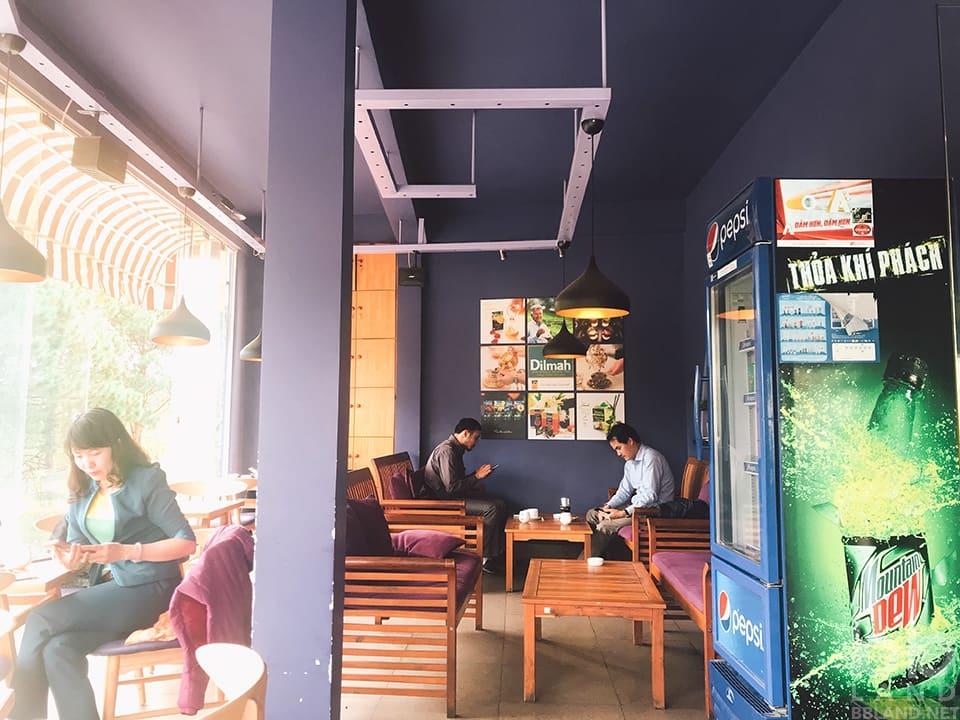 Không gian tại Cafe Tỏi Đen Đà Lạt