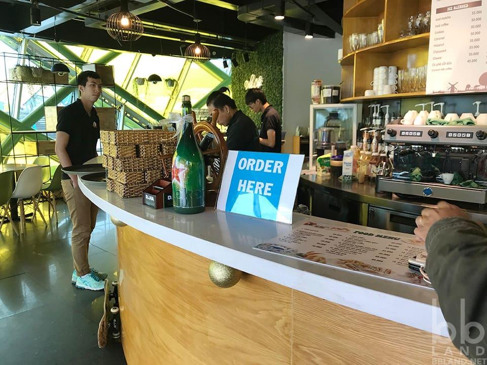 Không gian tại DOHA Cafe Đà Lạt