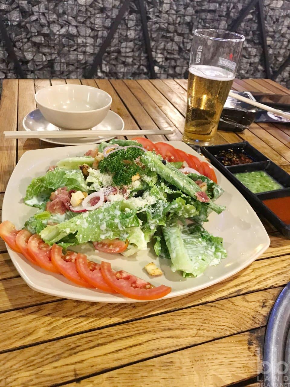 Salat teasar ý tại Sườn Nướng Cao Bồi Đà Nẵng